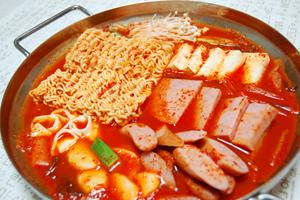 業務スーパーで人気の韓国料理食材! 使い方もしっ …