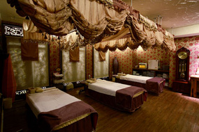 画像:Royal Orchid Spa